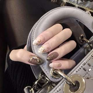 Nails polish Gelish art design for home call
