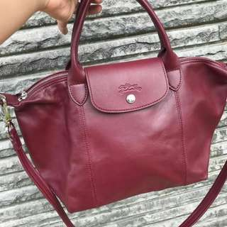 LONGCHAMP CUIR BAGUSS PARAAAHHH 😍😍😍 100% FULL LAMB LEATHER SIZE 35x25(approximately)