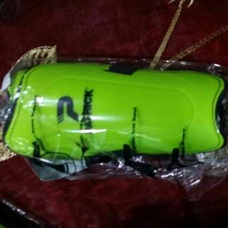 4 Brand New PARTICK Shin Guards