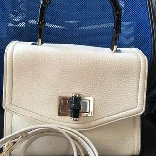 Kate Spade Hand bag Real