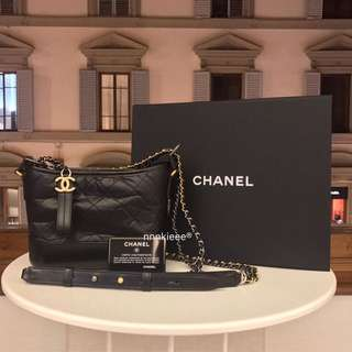 100% Authentic & New Chanel Gabrielle hobo small 黑拼黑