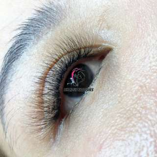 Eyelash Extensions By Qualified Eyelash Artist