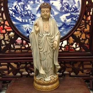 佛祖立像 (32cm)劉澤棉大師作品 註:右手次指有修