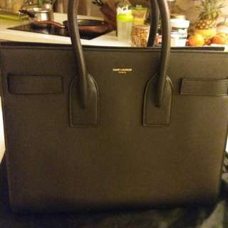 Saint Laurent Sac de jour medium black