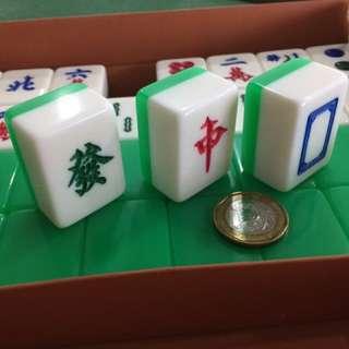 Majong set and/or table