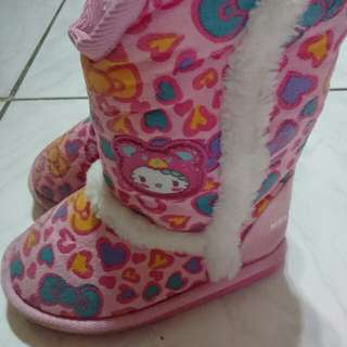 🚚 Kitty雪靴
