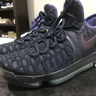 KEVIN DURANT BASKETBALL SHOES