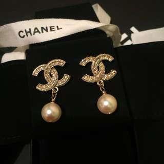 Chanel Earrings 經典 Classic 斷貨款 全新 閃石 logo 珍珠