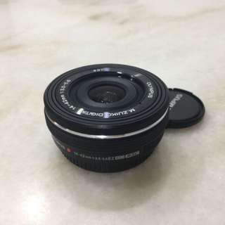 Olympus 14-42mm EZ pancake zoom lens