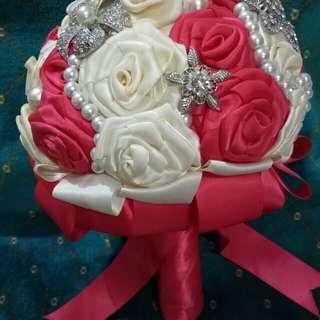 Bridal hand banquet