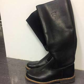 ROOTS RIDING BOOTS BRAND NEW Size 6.5