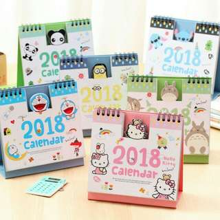 2018 Hello Kitty Desktop Calendar