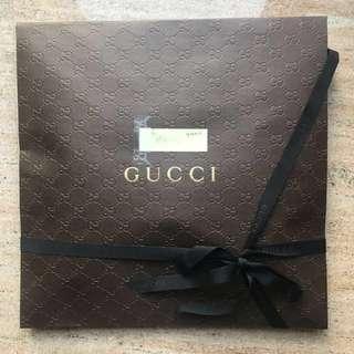(New) Gucci 經典綠色大頸巾 scarf