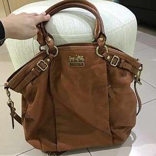 Coach Shoulder Bag - Brown Leather