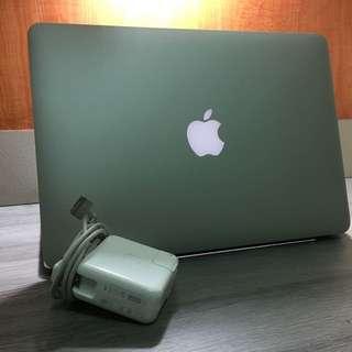 MacBook Pro (13英吋 Mid 2013)