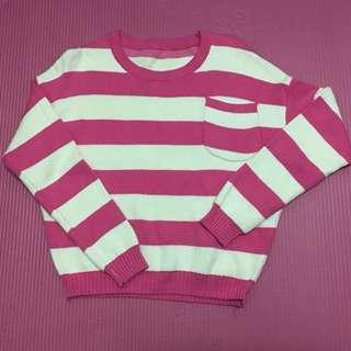 粉紅橫條短版針織衫