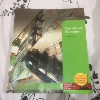 Principles of economics 8th edition N.Gregory Mankiw