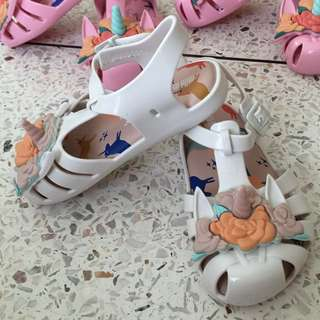 💝SALE💞MINI MELISSA UNICORN WHITE US 8