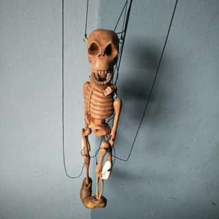 手作木製骷髏傀儡偶