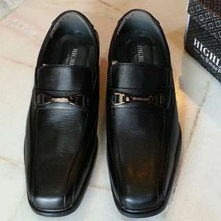 New Highland Swiss Polo Black Shoes @ EUR 45