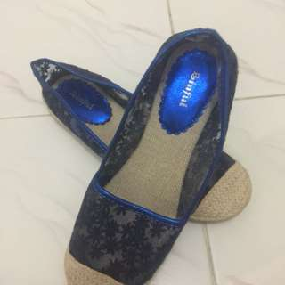 Sepatu Brukat Navy