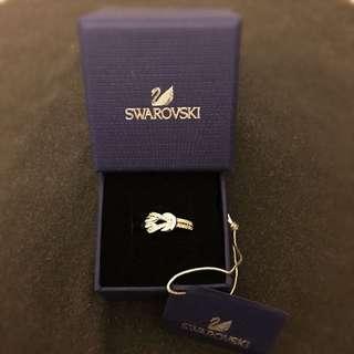 NEW - Swarovski crystal ring / 施華洛淇戒指