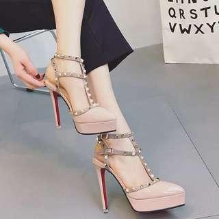 🆕✨歐美性感鉚釘繫踝尖頭高跟鞋❤️