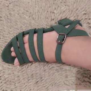 Sandal heels milsqi(sale stock)