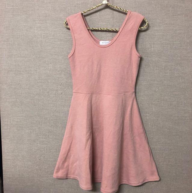 出清特價全新正韓內搭加厚無袖洋裝(橘粉色)
