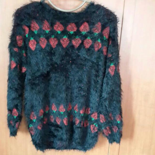 毛絨絨針織衫