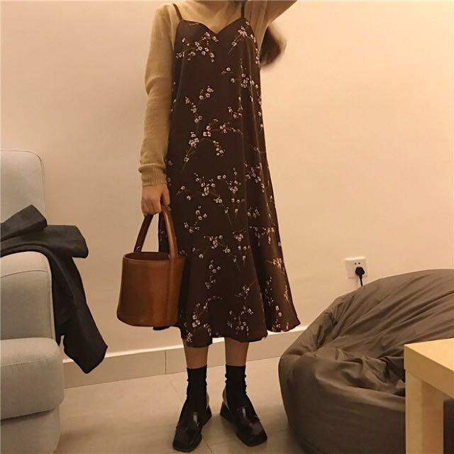 韓系雪紡碎花吊帶裙 咖啡