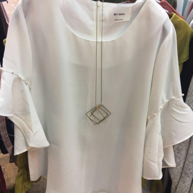純白珍珠荷葉袖雪紡上衣 #我的女裝可超取