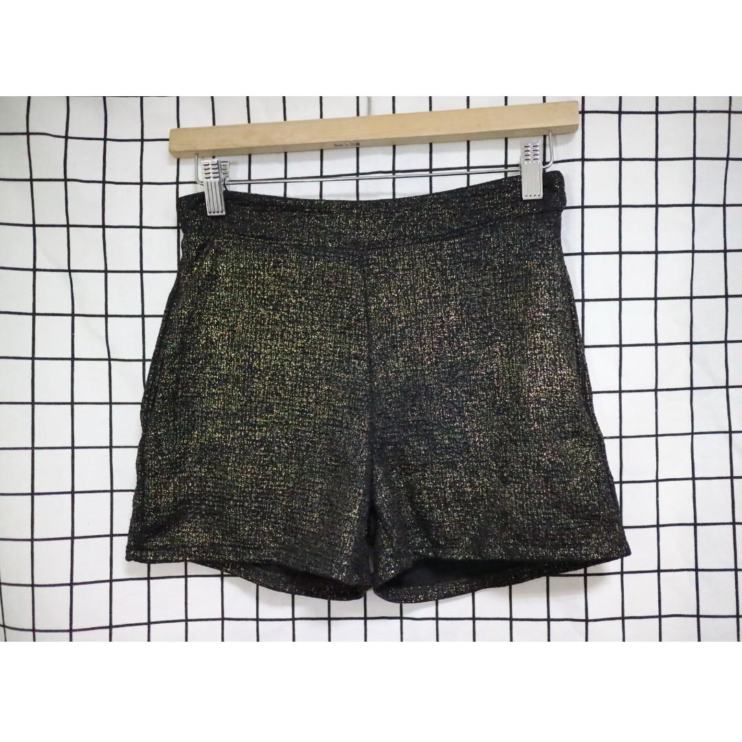 韓妞時尚 金蔥設計款彈性 中高腰短褲