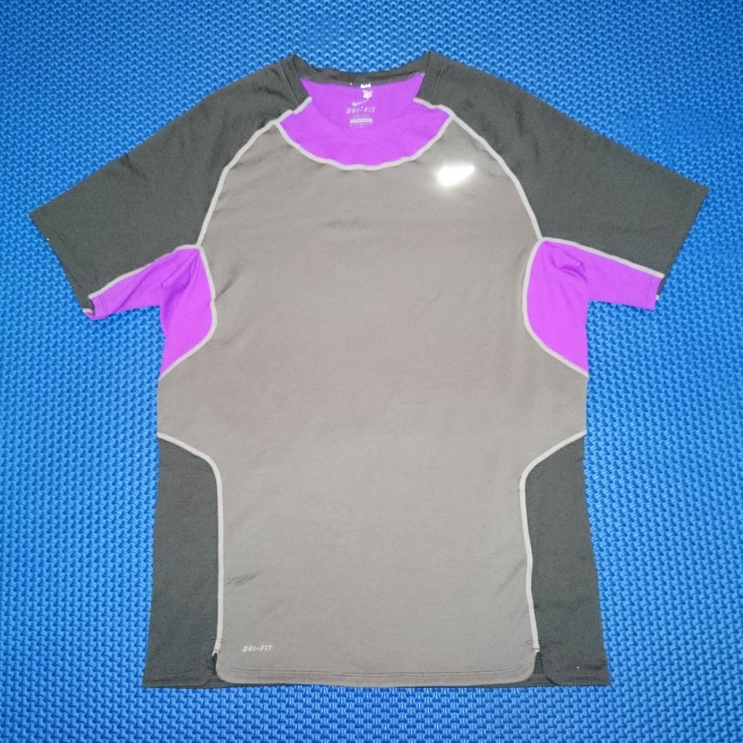 🆒 Nike Dri-Fit Shirt (With Zippered Pocket)