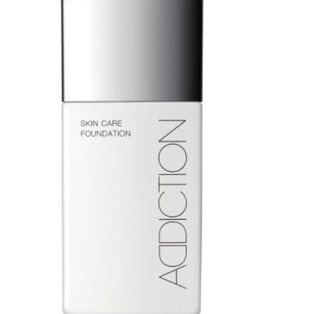 ADDICTION 癮萃光粉底液 SKIN CARE FOUNDATION 色號04