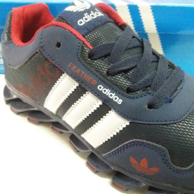 07149409b391 ADIDAS FEATHER SHOES SIZE 41 - 45
