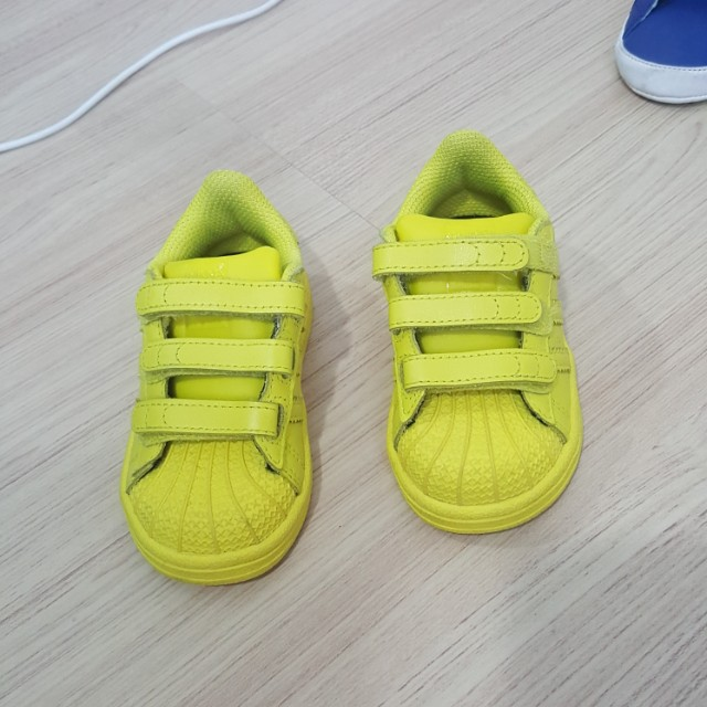 adidas kids' superstar ii neon