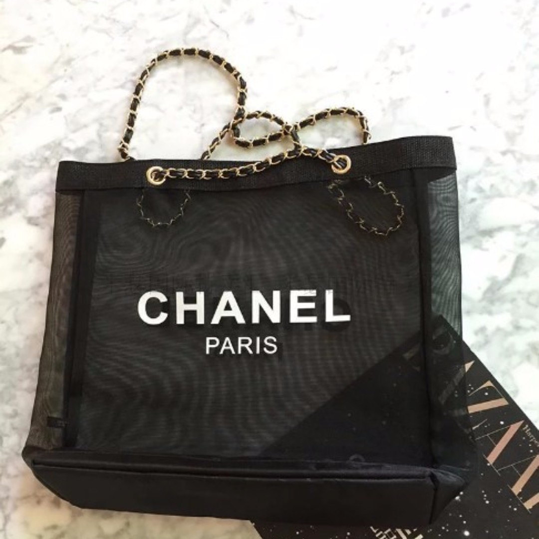 661500a5598b AUTHENTIC CHANEL VIP mesh tote bag, Women's Fashion, Bags & Wallets on  Carousell
