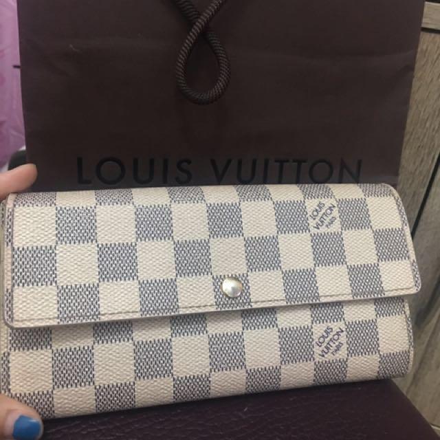 Authentic LV azure Sarah wallet