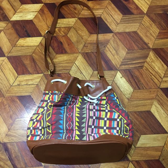 Aztec Print bag (brand new w/ plastic)