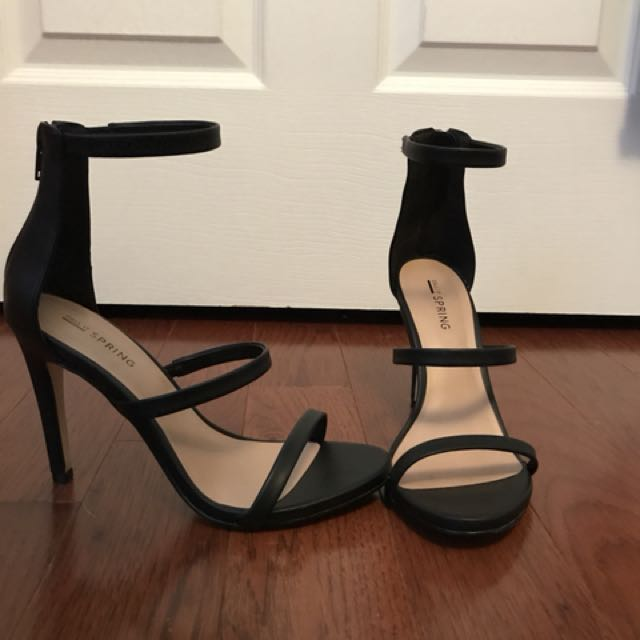 BLACK THREE STRAP HEELS