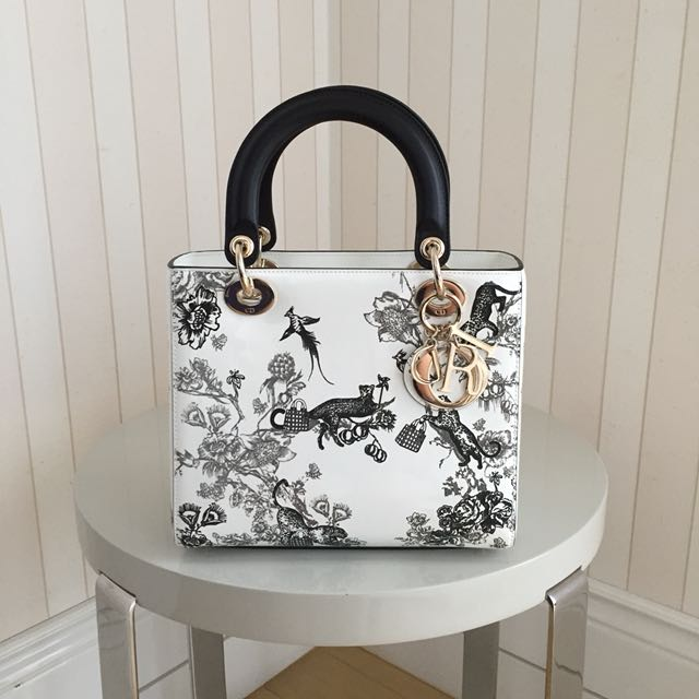 07165e17ea BN Lady Dior Embroidered Bag in White Patent Cannage Calfskin ...
