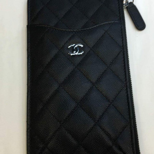 c3e70230ddb1 Brand New Chanel Classic Flat Wallet Pouch, Luxury, Bags & Wallets on  Carousell