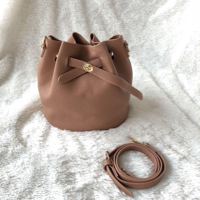 Bucket bag - mansur gavriel look alike - leather beige / blush colour