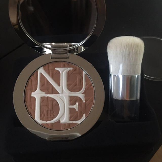 CHRISTIAN DIOR  Care & dare bronzer diorskin nude air