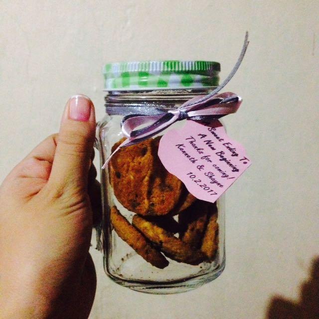 Cookies in mason jar