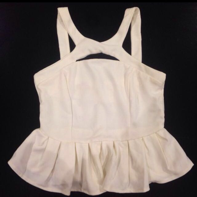 FREE Postage (NEW) Cut Out White Peplum Top