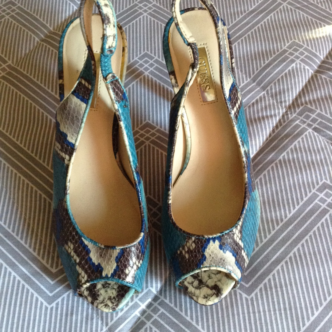 Guess womens shoes