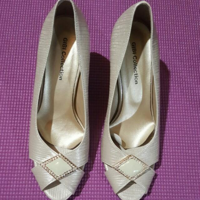 Guibi Shoes
