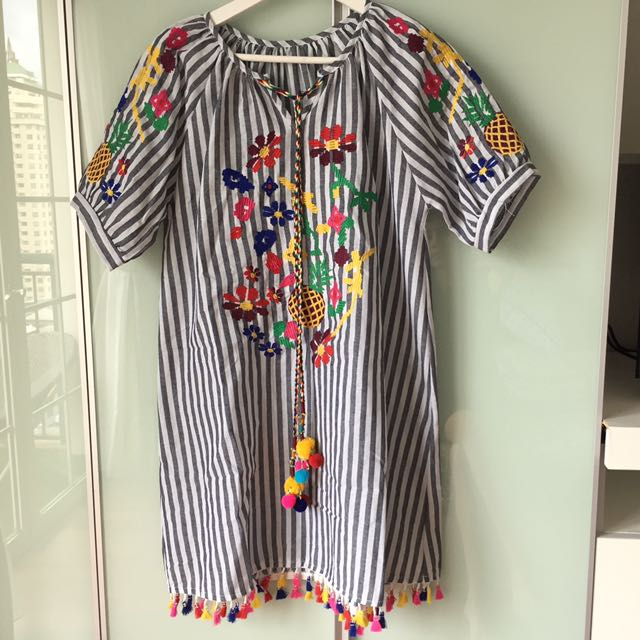 Hawai dress (worn once) fit to M